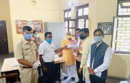 जनक पप्पू भरतौल की सीता ने दिए कोरोना से लड़ने को 21 हजार रुपये