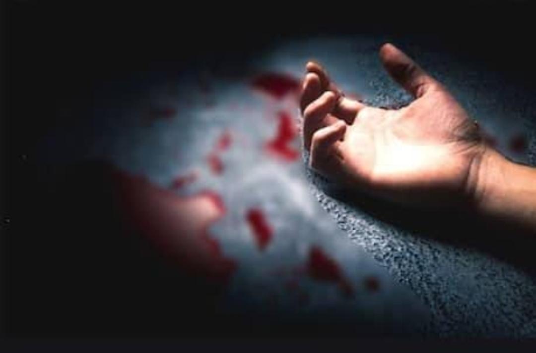 प्रेमिका का घर बनवाने के लिए नहीं दिए रुपये तो बेटे ने कर दी मां की हत्या