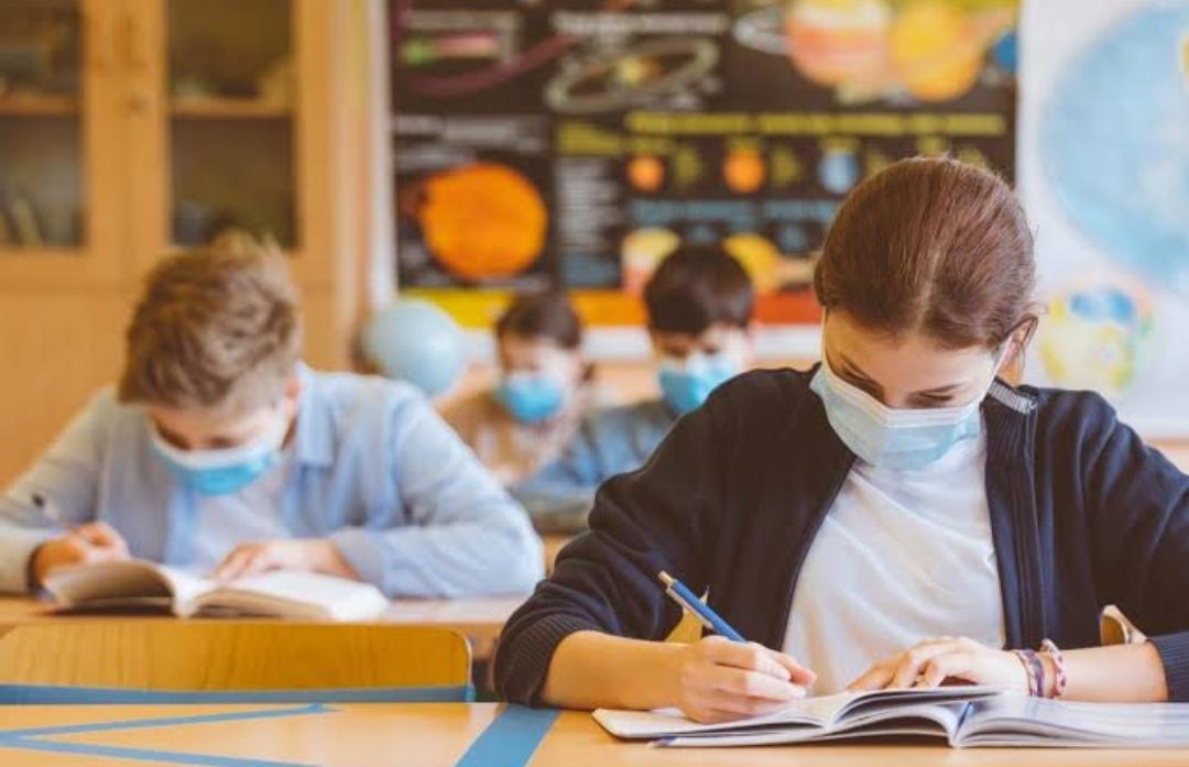 गर्मी में परीक्षा के दौरान छह घंटे मास्क व दस्ताने पहने रहना होगी बड़ी चुनौती, डॉक्टर बोले-यह बरतें सावधानी