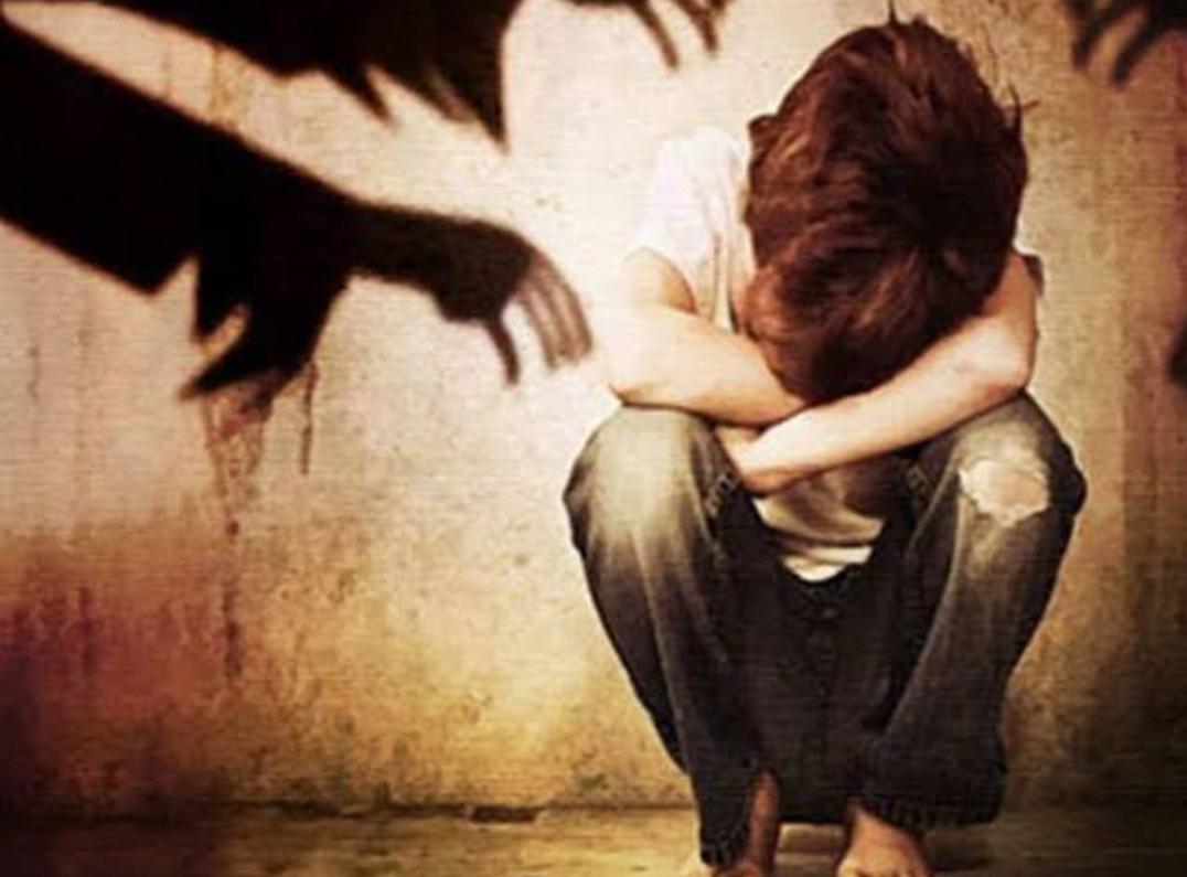शर्मनाक : हलद्वानी में किशोर से चार युवकों ने किया कुकर्म, प्राईवेट पार्ट में लोहे की रॉड डाली। जानिए सनसनीखेज घटना