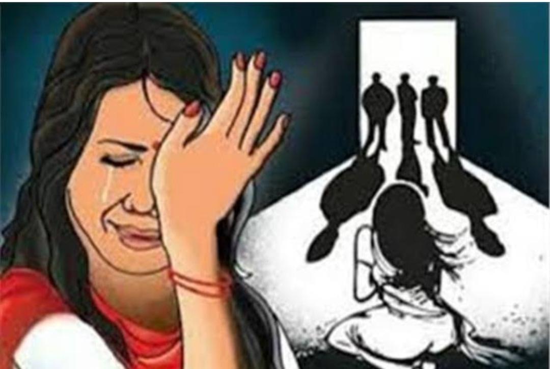 अपनी 10 साल की बेटी से करता था दुष्कर्म, माँ की शिकायत पर पिता गिरफ्तार